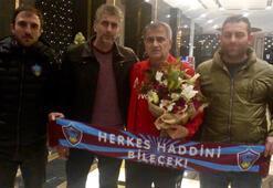 Trabzonsporlu taraftarlardan Şenol Güneşe ziyaret