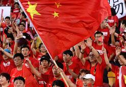 Çin milli takımı Suriyeye yenilince taraftarlar sokağa döküldü