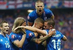 İşte İzlandanın muhtemel Türkiye maçı 11i...