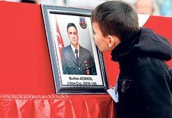 Türkiye kahraman şehitlerini uğurladı