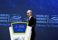Putin: Petrol fiyatlarında dalgalanma hem üreticiyi hem tüketiciyi vurur