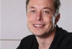 Apple, Tesla Çalışanlarını İşe Alıyor