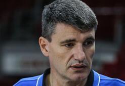 Anadolu Efes Koçu Perasovic: Sezon boyunca savaşacağız