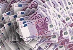 Gizemli Rus kadın Atina Havaalanında rekor miktarda para ile yakalandı