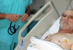Ameliyatta 40 kez kalbi durdu, yaşama dönünce türkü söyledi