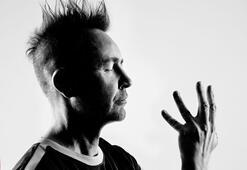 Klasik müziğin asi çocuğu Nigel Kennedy geliyor