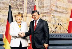 Merkel'in trafik ışığı hassasiyeti