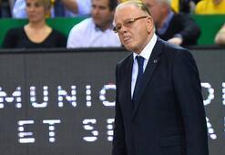 Ivkovicin kalbine stent takıldı, doktorları dinlemeyip maça çıktı