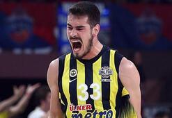 Fenerbahçeli yıldızdan sosyal medyayı sallayan mesaj