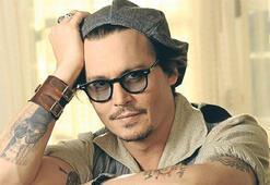 Depp vergi yüzünden Fransa'yı bırakıyor
