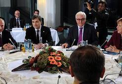 Merkel Putin ve Hollande Berlinde bir araya geldiler