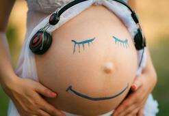 Anne karnındaki bebeğin en çok etkilendiği ses