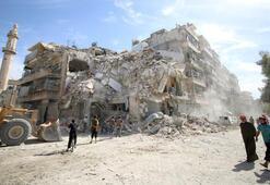 Halepte siviller bölgelerini terk etmiyor