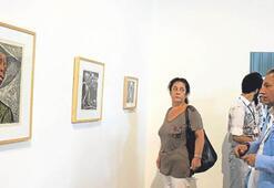 İstanbul Bienali sergilerini 110 bin kişi gezdi