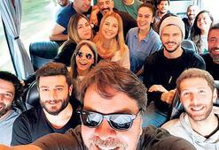Otobüs selfie'si