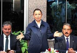 AK Parti Genel Başkan Yardımcısı Öznur Çalık: Bahçeli bazı genel başkanlar gibi kıvırmaz