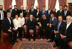Erdoğana ünlü isimlerden doğum günü sürprizi