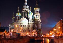 St. Petersburga gitmek ister misiniz