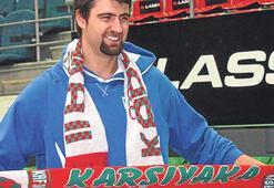 Pınar Karşıyaka forması giyerim