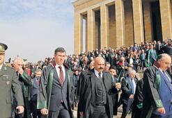 'Terör, tarikat cemaat baroları istemiyoruz'
