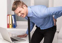 Ofis çalışanları bu ağrıları çekiyorsanız dikkat