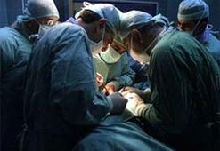 Ameliyathanede kavga ettiler