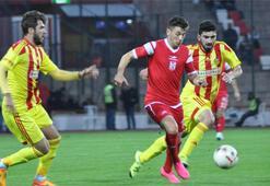 Yeni Malatyasporda 4 futbolcu kadro dışı bırakıldı