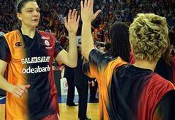 Nevriye Yılmaz Galatasaraya antrenör oluyor