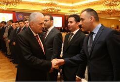 Başbakan 'kayyum' başkan vekilleriyle görüştü