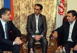 -İran Cumhurbaşkanı Ahmedinejad Ermenistan'da