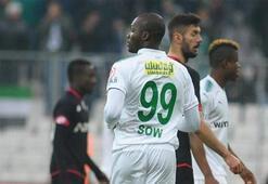 Bursaspor İstanbula gitti Moussa Sow kadroda yok...