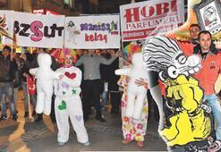 Kıbrıs Şehitleri'nde 'ışıl ışıl' alışveriş