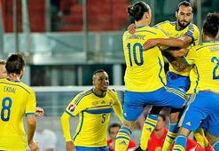 İsveçe Süper Ligden 3 futbolcu