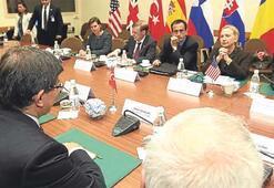 Yeni anayasa 2013'e kalır, ekonomi ekim ayında sıkışır