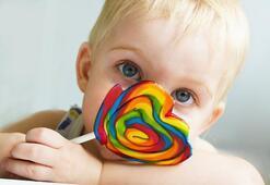 Yapay renklendiriciler çocukların zeka gelişimini düşürüyor