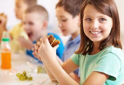 Çocuğunuz okulda ne yiyor