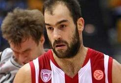 Vassilis Spanoulis Olympiakos'ta kaldı