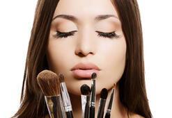 Tarihi geçen kozmetiklere dikkat