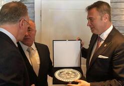 Fikret Orman, Bayern Münihin dostluk yemeğine katıldı