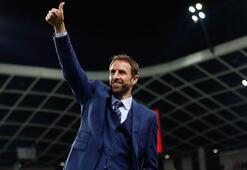 İngiltere, Southgate ile 4 yıllık anlaştı