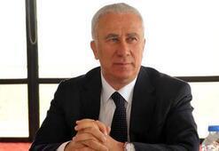 Karşıyakada başkan Ali Erten futbol şubesi sorumluluğunu üstlendi