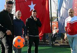 Galatasarayın yıldızları halı sahada oynadı