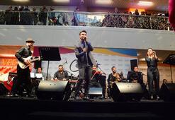 Biz Cevahir Haliç AVM, Sinan Özen konseriyle açıldı