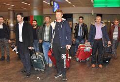 Moskova Havalimanı'nda Türkler için sıkıntı sürüyor