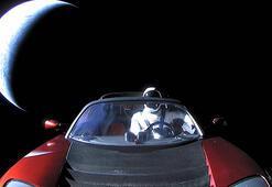 Uzayda süzülen Tesla Roadsterı anlık olarak nasıl takip edebilirsiniz