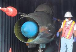 Kuzey Kore gemisinden 2 adet Sovyet uçağı çıktı