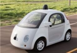 Google, Kendiliğinden Sürüş İmkanı Sunacak Otomobiller Peşinde