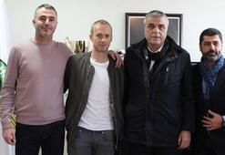 Akhisar Belediyespor, Gaziantepten ayrılan Larsson ile sözleşme imzaladı