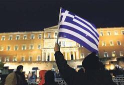 Yunanistan'a iflas notu