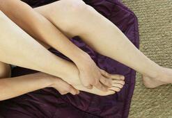 Ayak tırnakları neden sararır